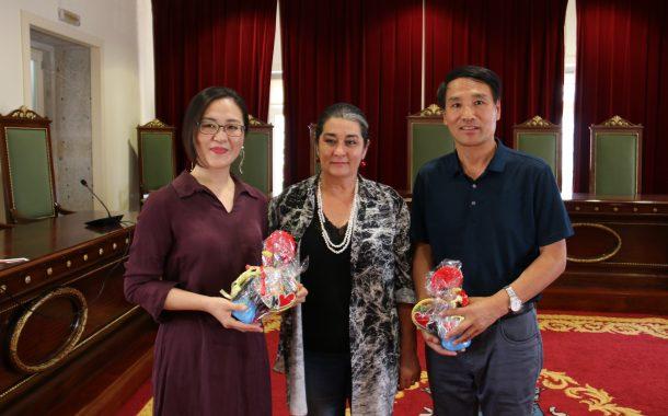 delegação chinesa recebida nos paços do concelho