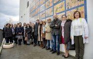 Direitos das crianças em painel de azulejos no Centro Escolar de Gilmonde