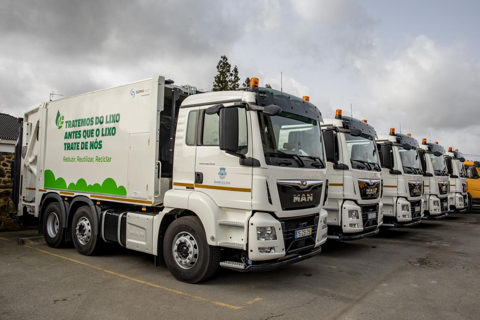 Primeiras cinco viaturas de recolha de resíduos urbanos já foram entregues