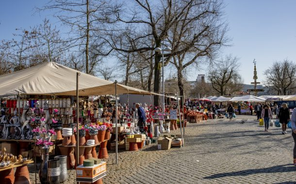 câmara municipal suspende feira e mercado e ate...