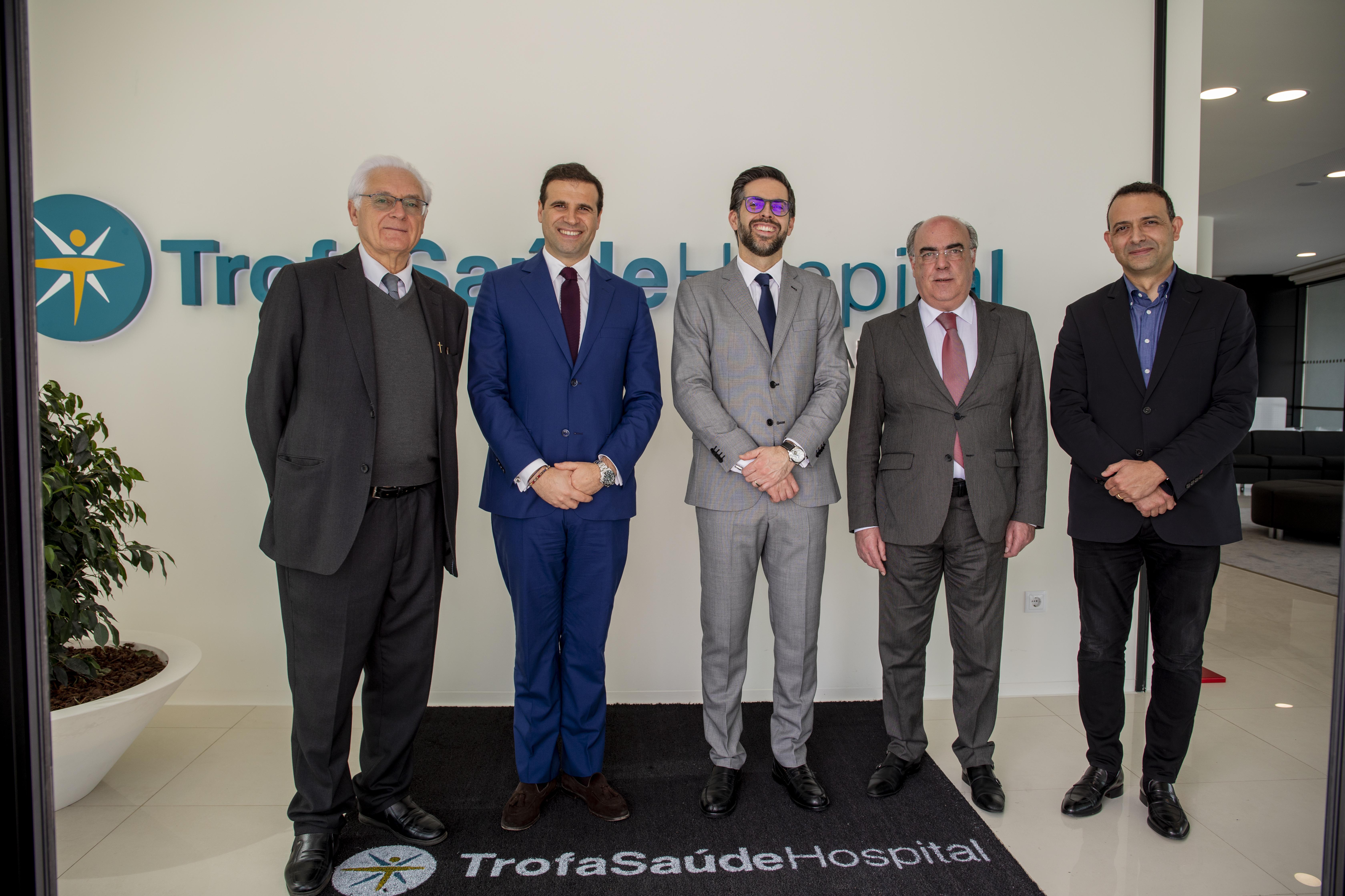 Presidente da Câmara de Barcelos presente na sessão de apresentação do Trofa Saúde Hospital Barcelos