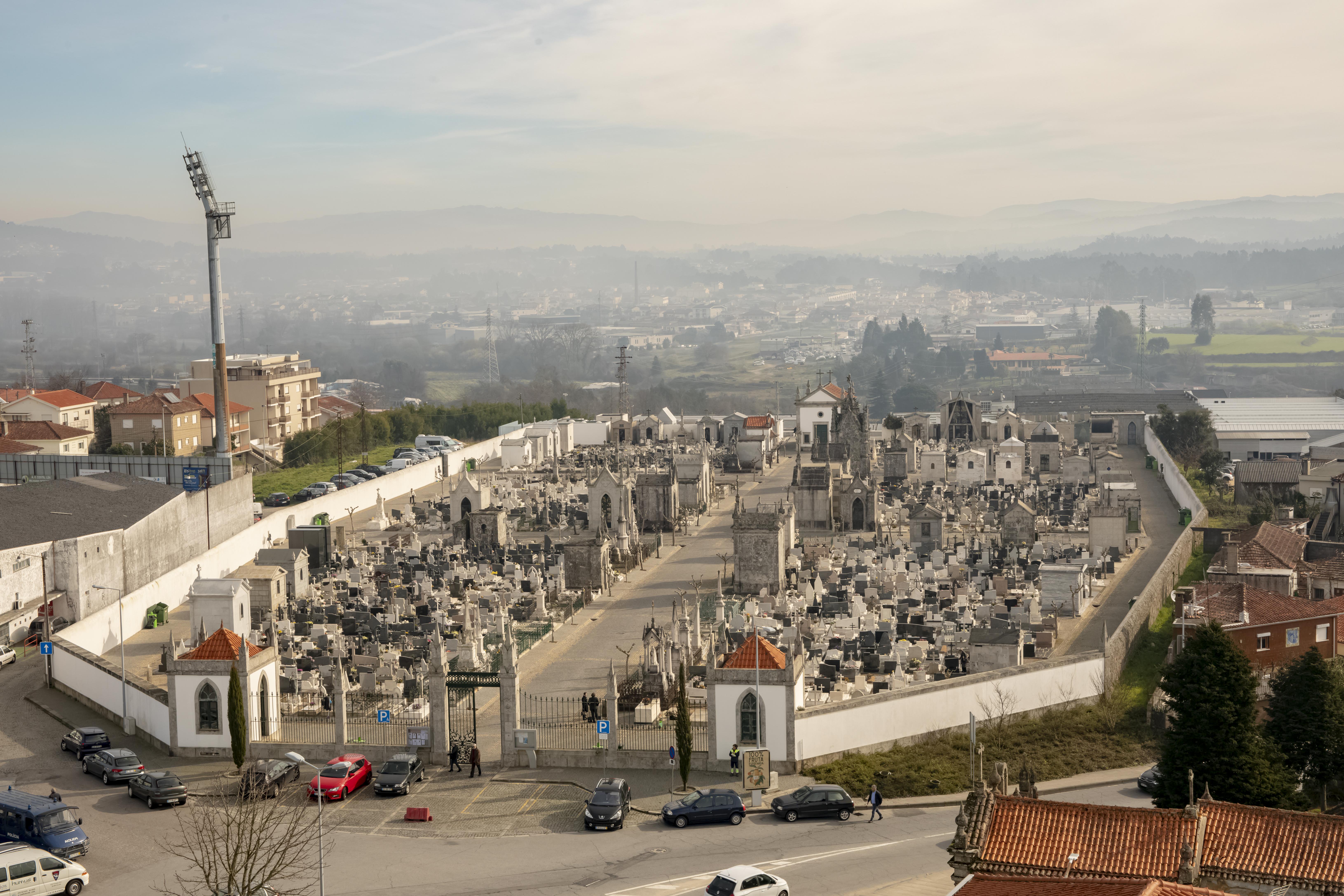 Cemitério Municipal encerra nos dias 31 de outubro e 1 de novembro
