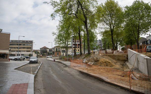 alterações de trânsito devido às obras no campo...