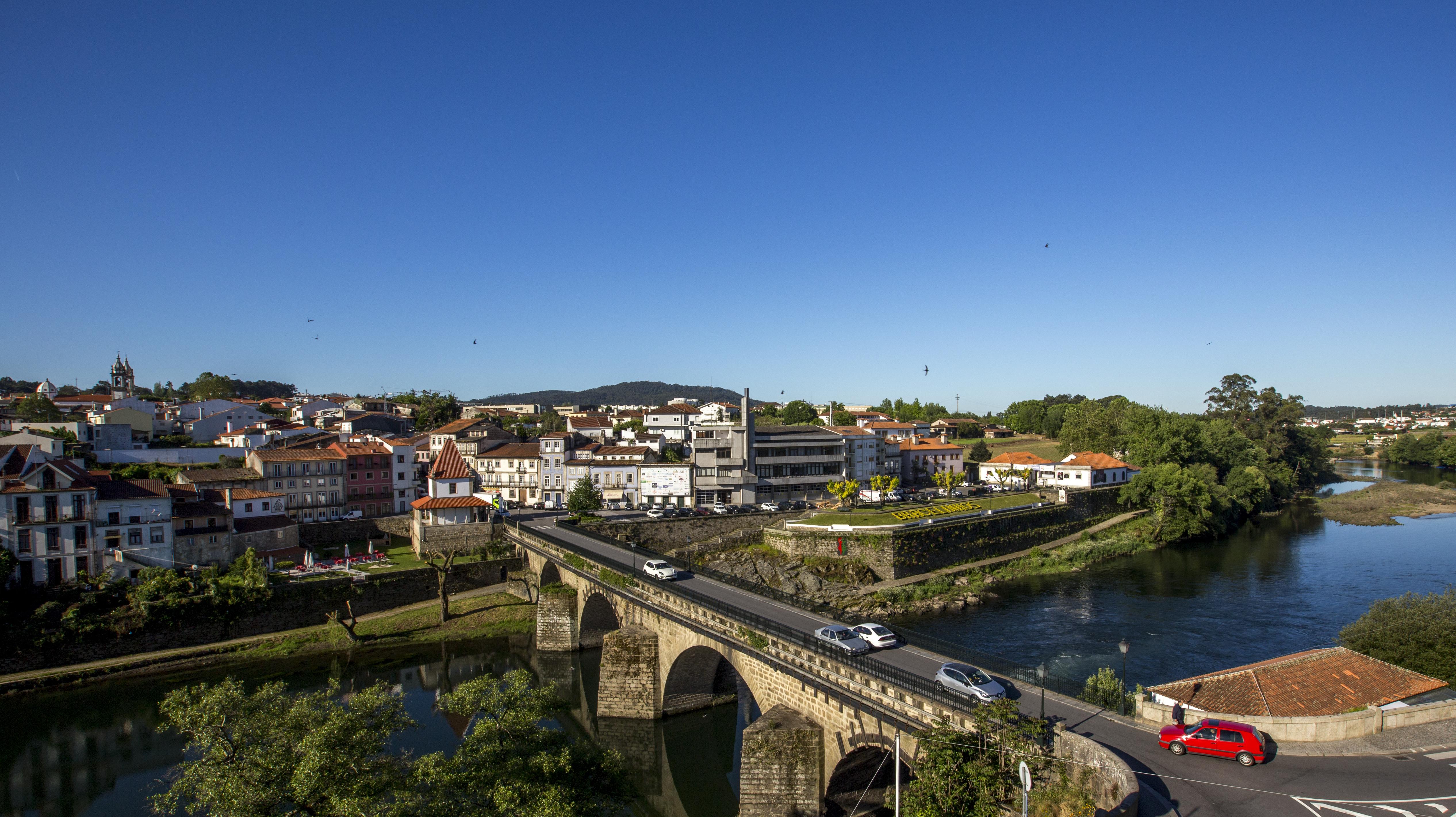 Requalificação pedonal da ponte medieval e ruas de Barcelinhos em concurso público